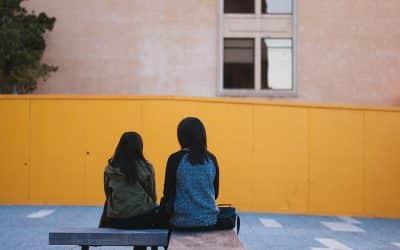 Dos miradas femeninas ante el acoso escolar