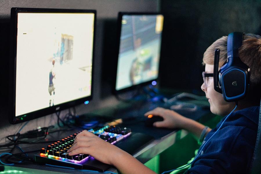 AEPAE - Videojuegos y acoso escolar