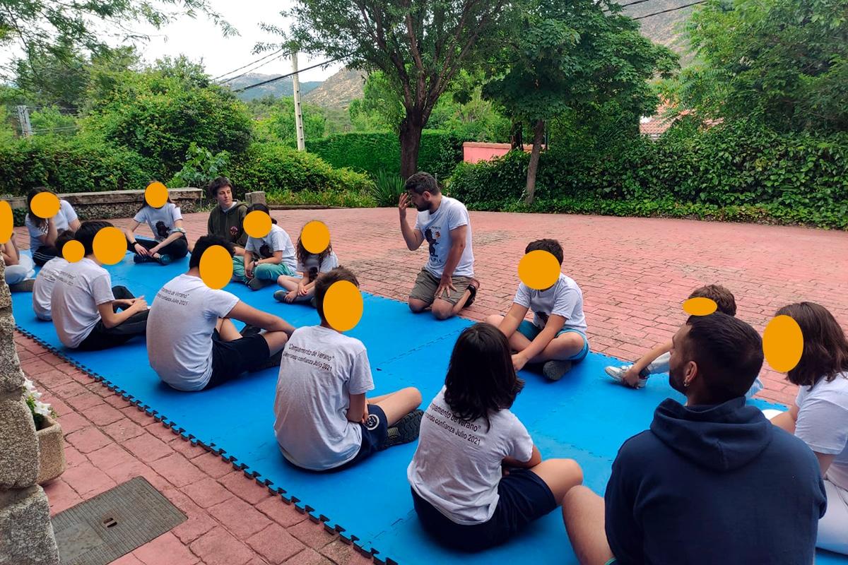 """AEPAE - Campamento """"Generando confianza"""" - Acomodándonos en nuestra propia piel"""